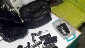 Terzi dükkanına silah operasyonu: 5 gözaltı