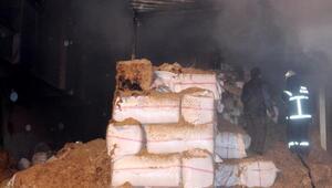 Saman deposundaki yangın, 3 saatte söndürüldü