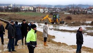 Boluda dere taştı, 14 evi su bastı