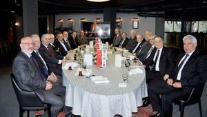 Süper Ligde Galatasaray, Beşiktaş, Fenerbahçe, Trabzonspor ve Bursaspor divan kurulu başkanları buluştu