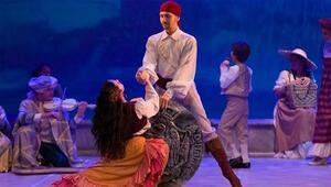 Komik opera Don Pasquale Sevgililer Gününde sahnelenecek