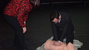Kuşadası Belediyesi personeline hayat kurtaran eğitim
