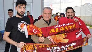 Galatasaray kafilesi Gazipaşaya geldi
