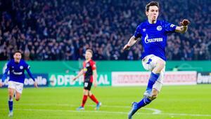 Ozan Kabak oyuna girdi, Schalke çeyrek finale uçtu