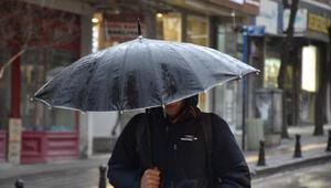 Meteoroloji'nin turuncu alarmla uyardığı Edirne'de, yağmur etkili oluyor