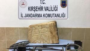 Kırşehirde tarihi eser kaçakçısı 2 kişiye gözaltı