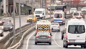 Son dakika haberler... VIP araç gibi yolcu taşıdığı iddia edilen ambulans şoförü yakalandı