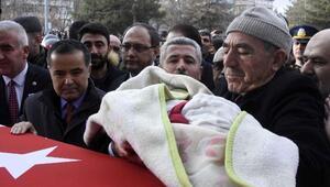 Şehit Uzman Çavuş Yıldızı, Aksarayda 15 bin kişi uğurladı