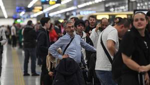 Sabiha Gökçen Havalimanında kapanan pist yeniden uçuşlara açıldı