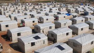 Görüntüler Suriye sınırından... Biriket evlere yerleştiriliyorlar
