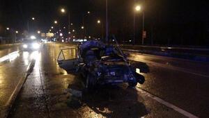 Otomobil sürücüsü, yaralı arkadaşlarını bırakıp kaçtı