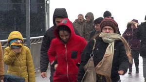 Son dakika haberler... Meteorolojiden İstanbul için kar ve fırtına uyarısı geldi Valilik açıklama yaptı
