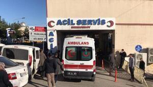 Şanlıurfa'da hafif ticari araç, TIR arkadan çarptı: 1 ölü, 2 yaralı