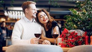 Sevgililer Gününde En Romantik Anlar İzmir'de Yaşanıyor