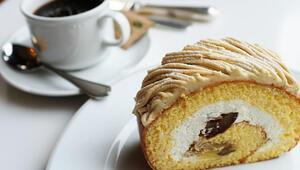 Rulo pasta nasıl yapılır Muzlu rulo pasta tarifi