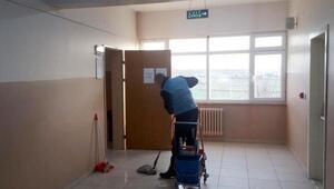 Tekirdağda okulların temizliğini denetimli yükümlüler yaptı