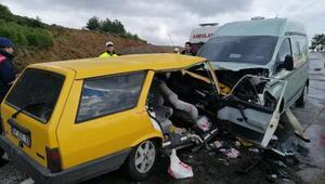 Para nakil aracıyla çarpışan otomobildeki 5 kişi yaralandı