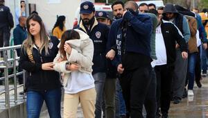 Lüks villada yaşayan yasa dışı bahis çetesine operasyon: 19 gözaltı