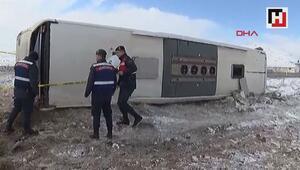 Kayseride yolcu otobüsü devrildi