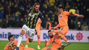 Fenerbahçe penaltı bekledi, Öztürk vermedi Kadıköyde tartışılan pozisyon...