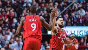 NBAde Toronto Raptorsun galibiyet serisi 14 maça çıktı