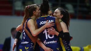 Filede derbi maçta Fenerbahçe, Galatasarayı 3-0 ile geçti