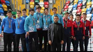 Genç atletler Balkan şampiyonu oldu