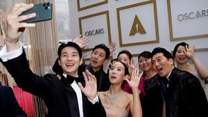 Oscar 2020 ödülleri sahibini buldu Oscar ödüllerini kazananlar arasında bir ilk