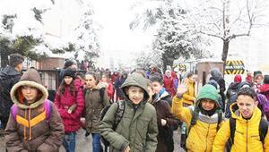 Konyanın 8 ilçesinde eğitime kar engeli