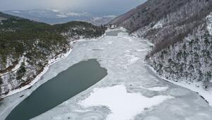 Buz tutan Boraboy Gölü'nün cesur aşıkları
