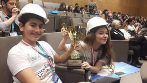 İstek Kuşadası Okullarına İstanbuldan ödül