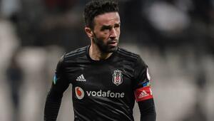 Beşiktaş, Başakşehir hazırlıklarına başladı Gökhan Gönül katılmadı...