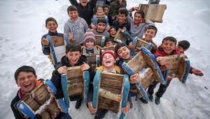 Yarın okullar tatil mi İşte 11 Şubatta okulların tatil olacağı o iller