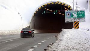 Sürücüler dikkat  Bolu Dağında kar yağışı başladı