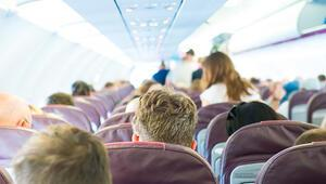 Uçakta kural tanımaz yolculara ceza