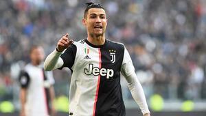 Serie Ada gol krallığı yarışı şampiyonluk mücadelesini aratmıyor