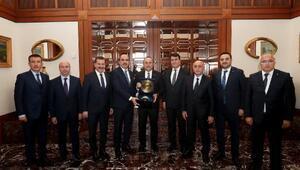 TDBB Başkanı Altay, Bakan Çavuşoğlu'nu ziyaret Etti