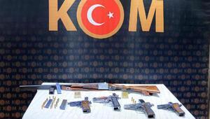 Zonguldakta kaçak silah ticaretine 9 gözaltı