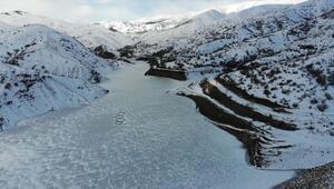 Buzla kaplanan Göyne Sulama Barajı