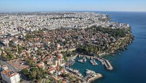 Antalyada yaşayan yabancı sayısı 94 bine ulaştı