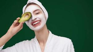 Cilt Pürüzsüzleştiren 5 Meyveli Maske Tarifi