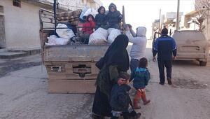 Son dakika haberler: 27 bin sivil daha Suriye-Türkiye sınırı yakınlarına göç etti