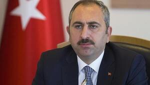 Son dakika haberler Adalet Bakanı Gül: Cumhurbaşkanımız FETÖ mücadelesinin en kararlı sesidir