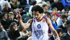Anadolu Efes, Darüşşafakaya yenildi ve Türkiye Kupasına veda etti
