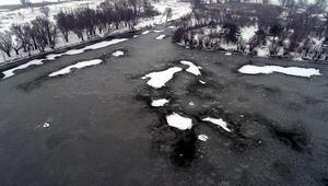 Kayseride göl dondu