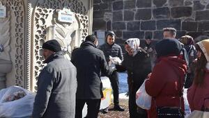 Kocasinandan vatandaşlara çorba ikramı