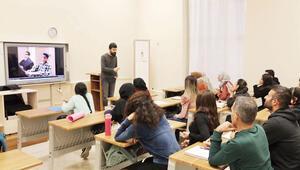Ders saatini ve akademisyenleri öğrenciler seçiyor