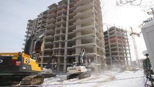 Orduda o binaların yıkımı sürüyor