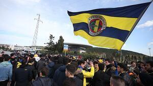 Fenerbahçe taraftarı TFF'yi istifaya davet etti