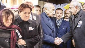 Üç lider cenazede buluştu
